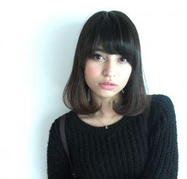 30代の女性がー5歳若返る!黒髪ミディアムの髪型(ヘアスタイル