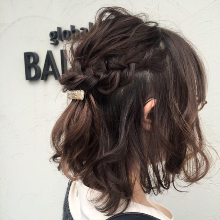結婚式お呼ばれの髪型(ヘアスタイル)ボブのハーフアップなら10分で出来ます!