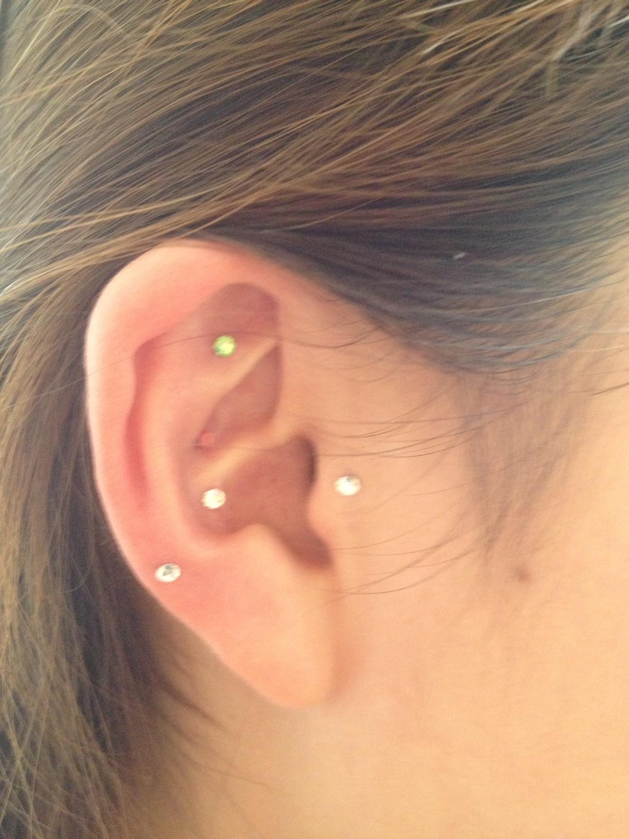 耳つぼ0521-1