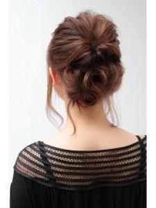 簡単アップ髪型1-225x300