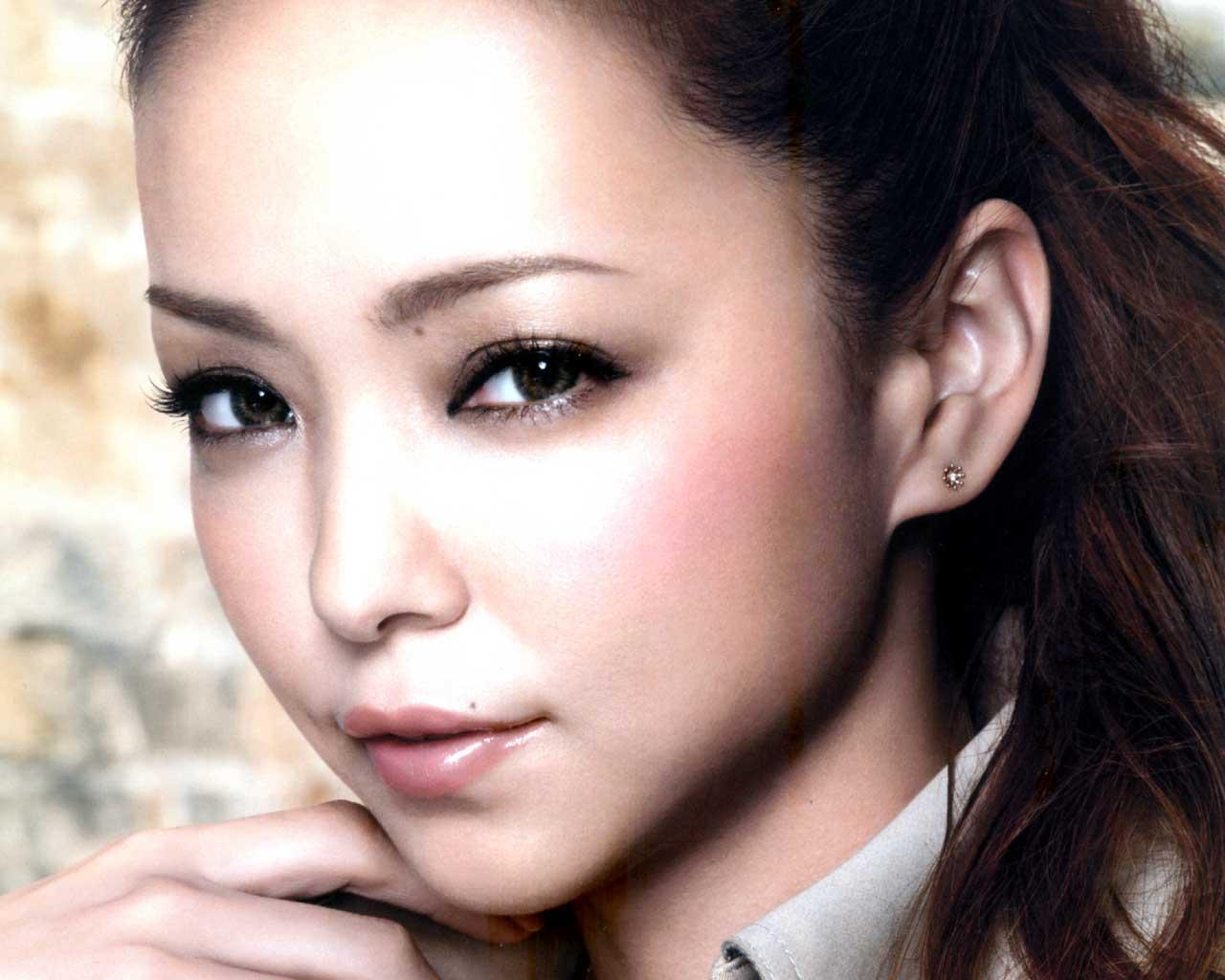 安室奈美恵顔2